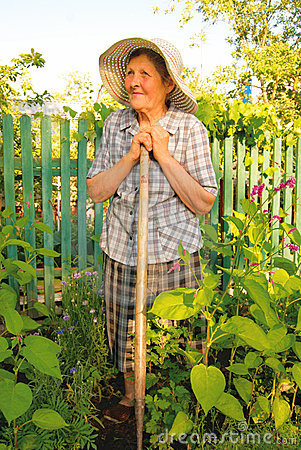 old-woman-working-garden-10047784